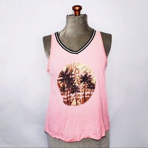 Tops - 🎀3/$30 My Style Pink Gold Paradise Pattern Tank